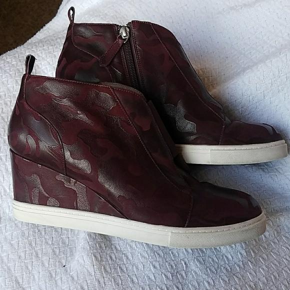 ecece8b058a4 linea paolo Shoes - Linea Paolo wedge maroon camo sneakers